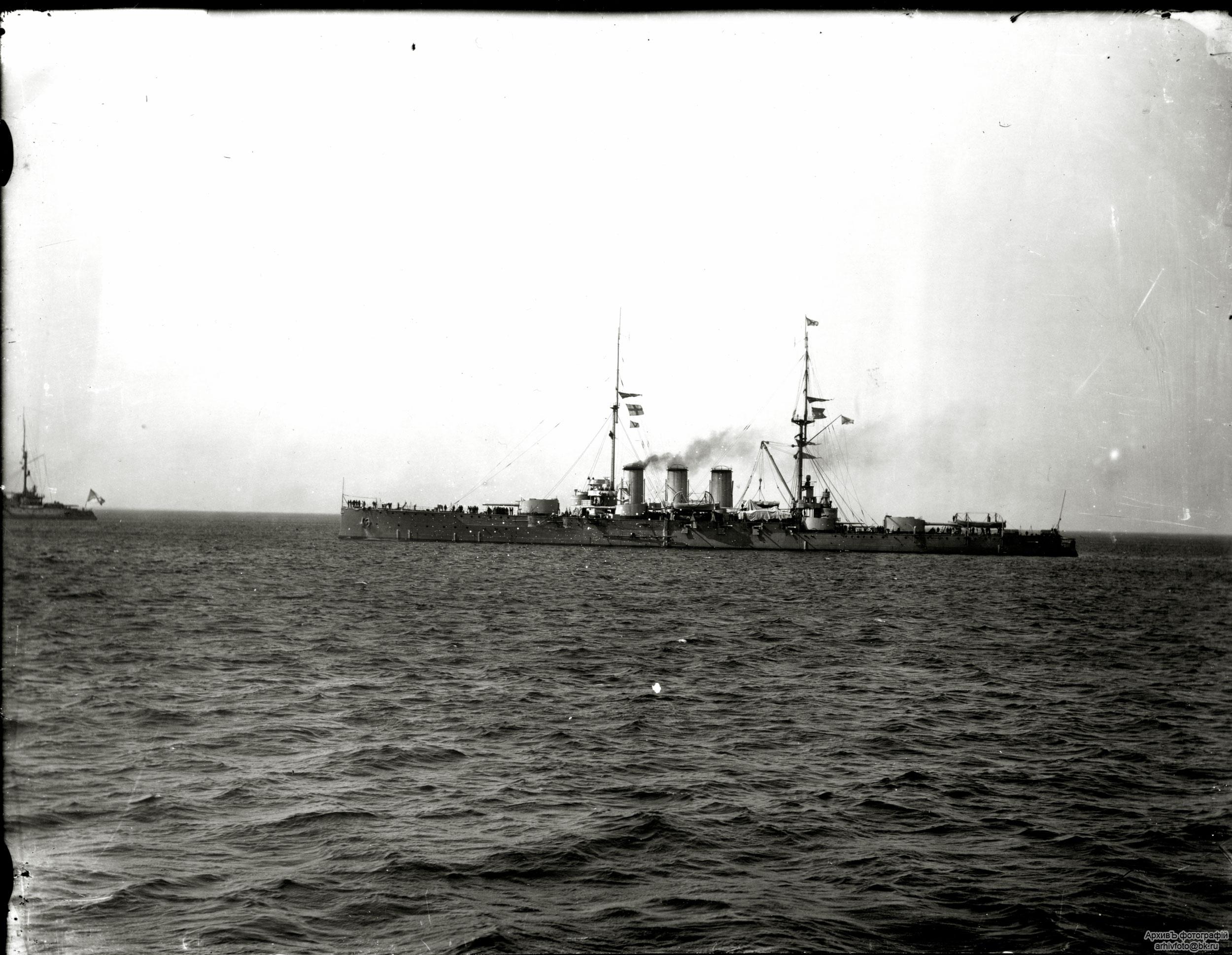 Броненосного крейсера рюрик